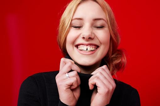 473145998 - beautiful woman smiling.jpg