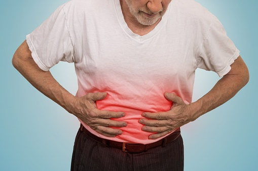 483922362_Stomach_ache_man_placing_hands_on_the_abdomen.jpg