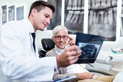 861033710 - dentist work