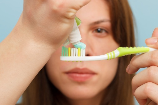 brushing your teeth properly; 9 things you might be doing wrong