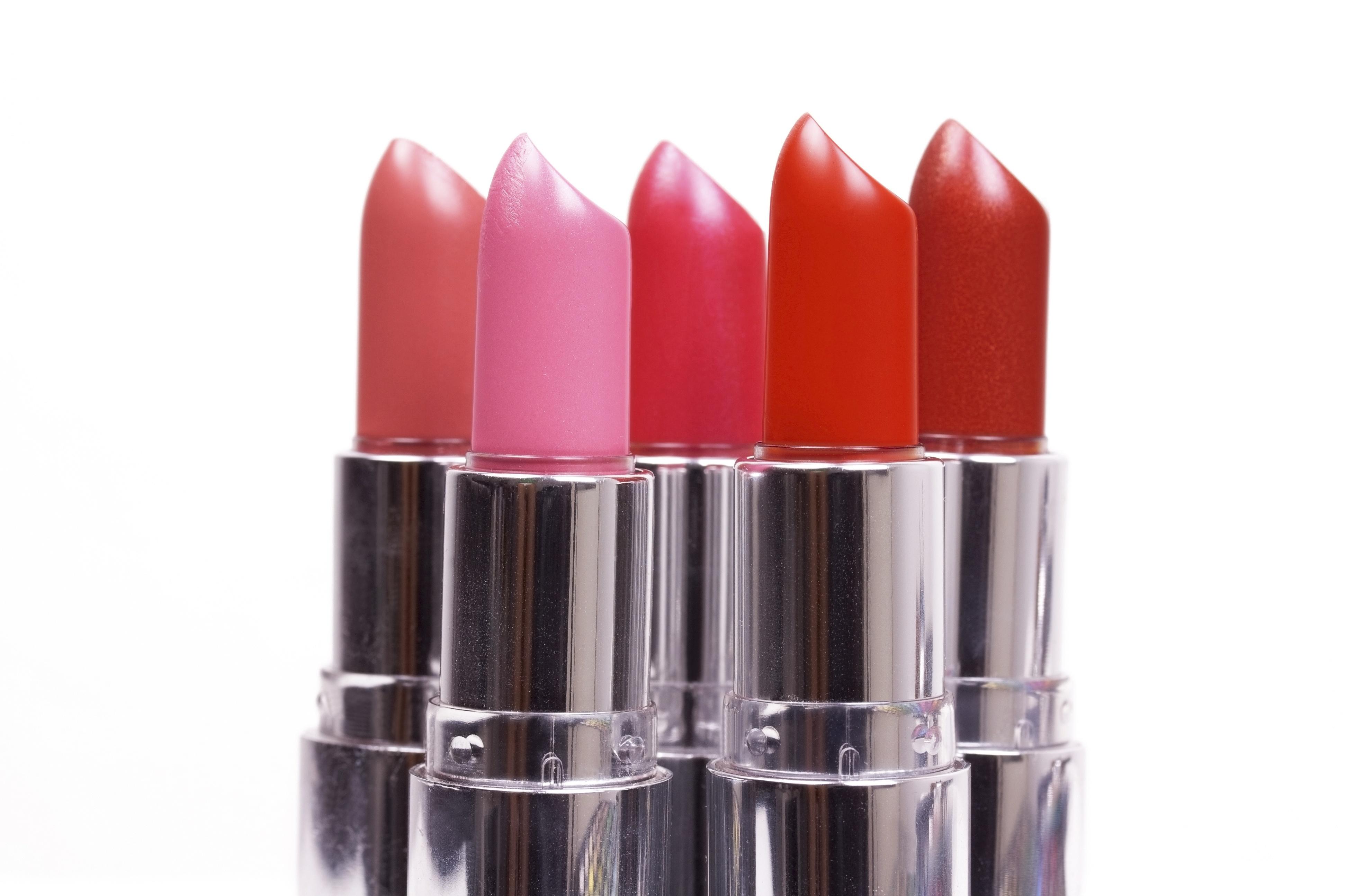 lipsticks, 3 lipsticks that make your teeth pop, ravishing reds, poppy pinks, glosses, oral health, beauty, dental health