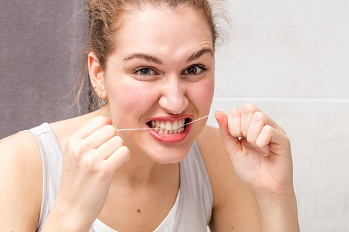 types of dental floss, which floss is right for you, floss, dental health, oral health, dental insurance