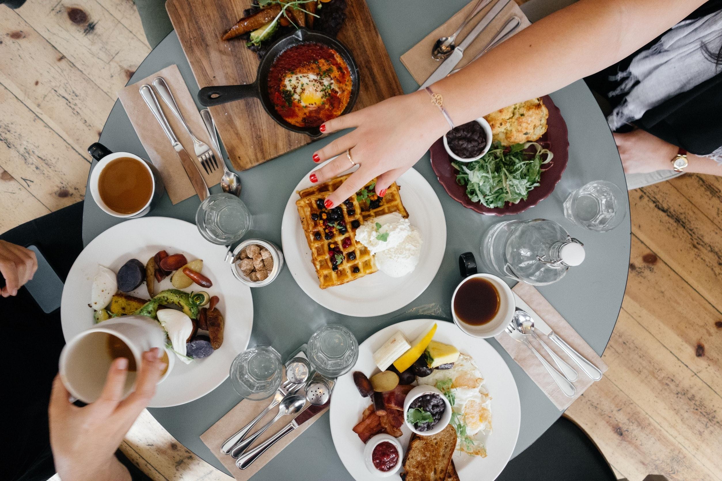 brunch, food, food trends, acai, avocados, tumeric, kombucha, matcha, oral health