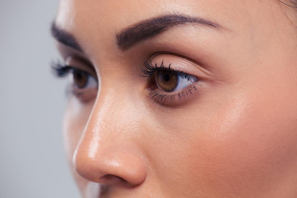 women face a higher risk for eye problems